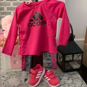 Adidas jogging toddler outfit